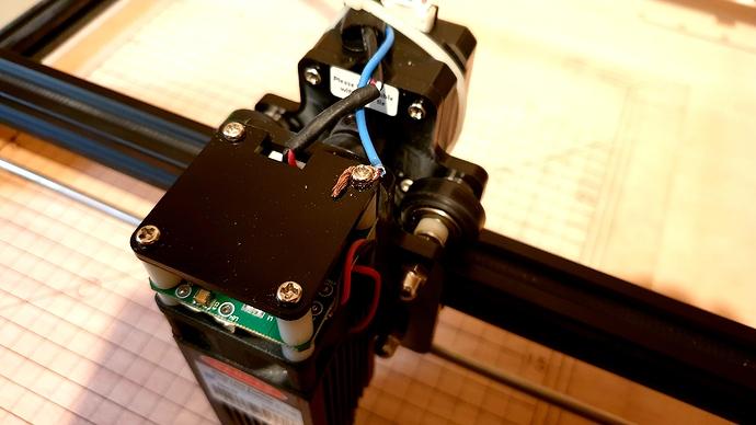 OLM2 Gnd - Laser Module Connect