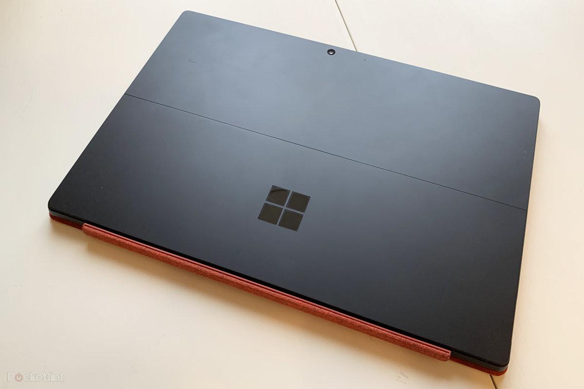 152014-laptops-review-microsoft-surface-pro-7-still-the-best-still-no-thunderbolt-image1-dgyqmraf6o